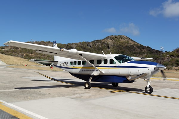 Cessna 208 aircraft ST BARTH COMMUTER
